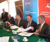 Podpisanie porozumień o współpracy z UMWL i UML