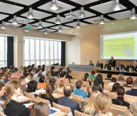 Mechanizmy finansowania badań młodych naukowców w Polsce
