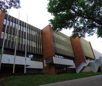 Spacer po Bibliotece Głównej UMCS