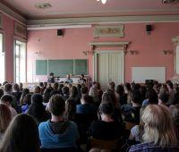 Tłumy na spotkaniu z G.F. Darwin