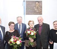 Odsłonięcie tablicy pamiątkowej ku czci prof. Szczypy