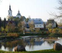 Sanktuaria południowego Podlasia - odczyt dr M. Flagi (PTG)