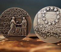 Naukowcy Wydziału Humanistycznego nagrodzeni Medalami...