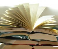 Laureaci II edycji nagrody dot. książek o tematyce...