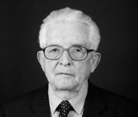 Prof. dr hab. Wiesław Skrzydło
