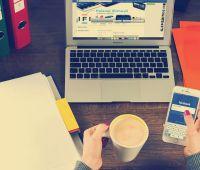 Dlaczego śledzimy blogerów i influencerów?