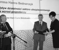 Nagroda Prezesa NBP dla prof. T. Bednarczyk