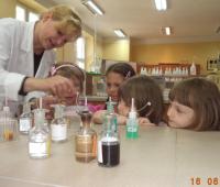 Przedszkolak w świecie chemii