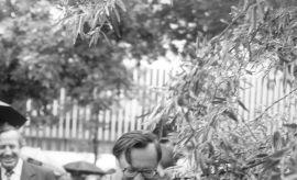 04.07.1984 r. –  WMUROWANIE AKTU EREKCYJNEGO POD...