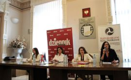 "VI Debata ""Kobiety w Polityce - Eurowybory..."