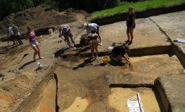 Badania archeologiczne na Wzgórzu Staromiejskim w...
