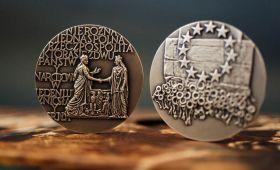 """Medale Unii Lubelskiej i Medal """"Zasłużonego dla..."""