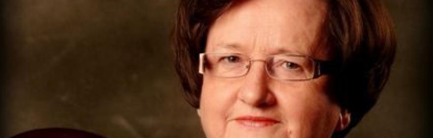 """професор Ельжбета Скшипек  - """"Жінка на..."""