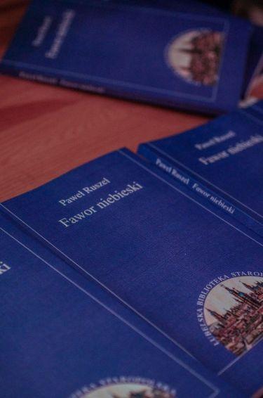 """Spotkanie promocyjne książki """"Fawor niebieski"""""""
