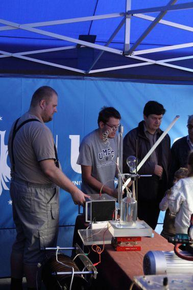 IX LFN: Piknik Naukowy 2014