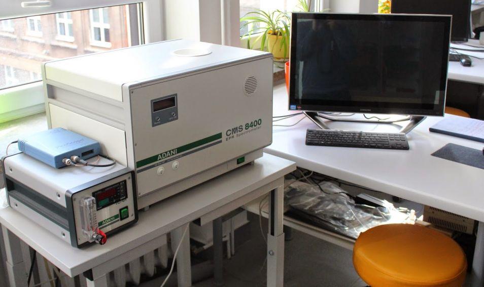 Spektometr elektronowego rezonansu paramagnetycznego