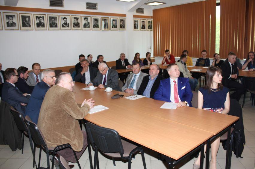 Panel dyskusyjny - UMCS dla rynku pracy i gospodarki...