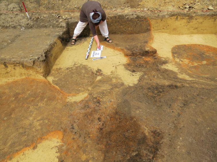 Piece pracowni metalurgicznej w trakcie eksploracji.