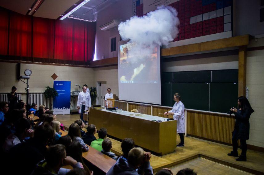 Bez wybuchu dzień stracony - pokazy chemiczne
