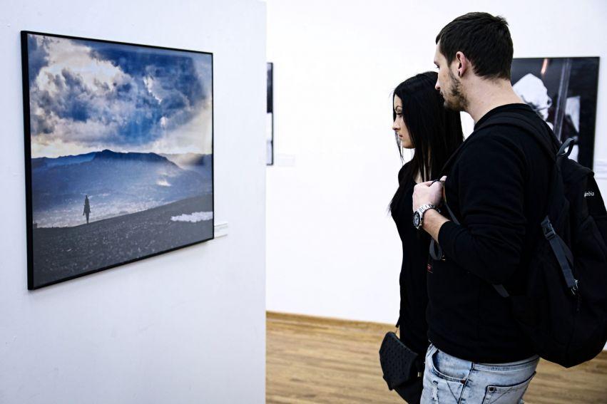 Wystawa fotografii: Z wyspą w środku