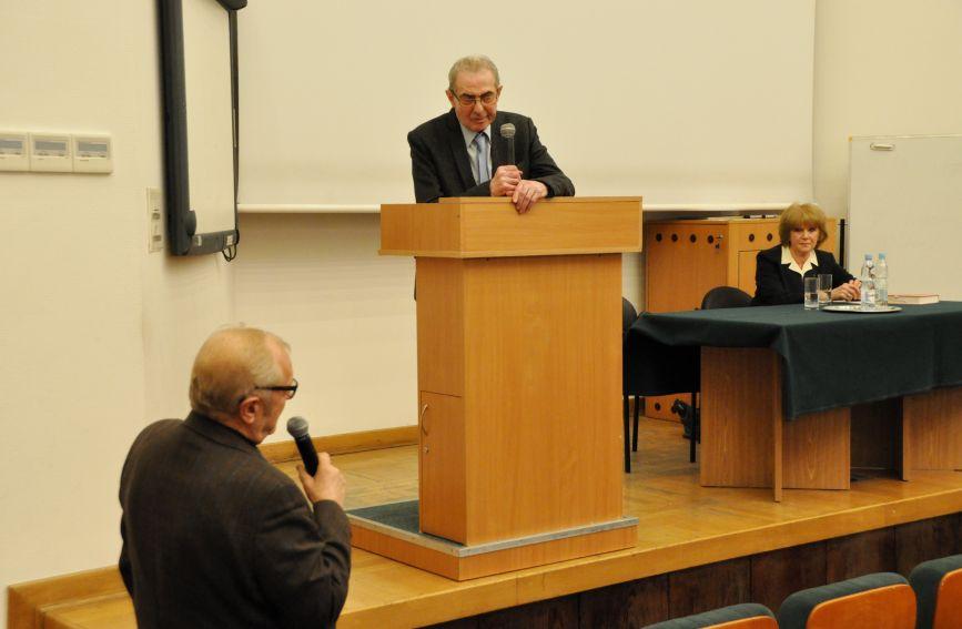 Prof. Karol Modzelewski gościem Wieczorów Literackich