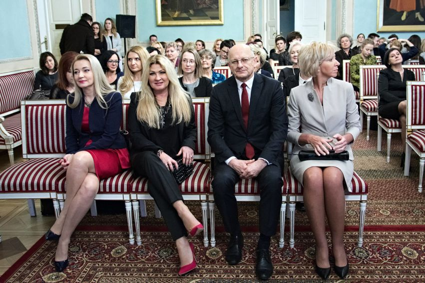 """Gala wręczenia statuetek """"Kobieta na medal 2016"""""""