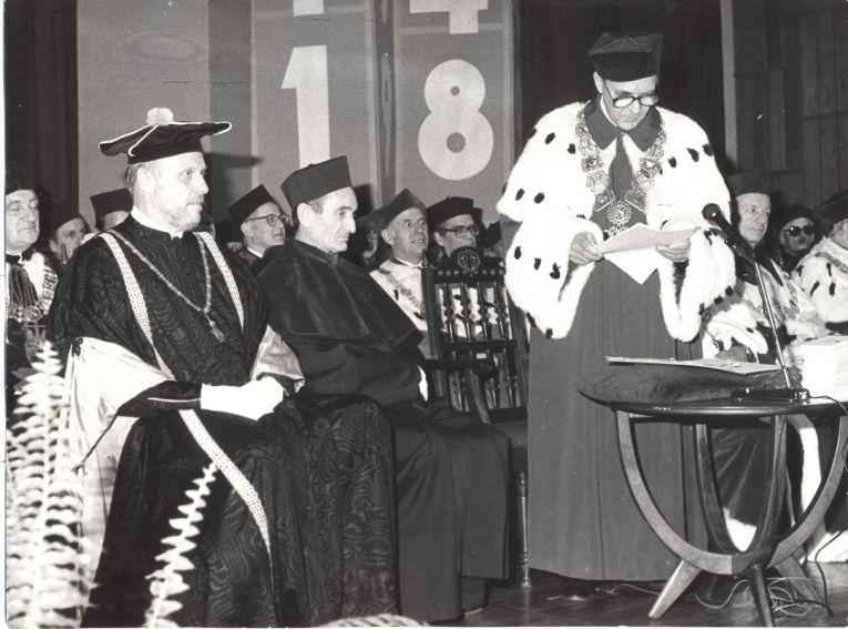 Prof. dr hab. Zdzisław Cackowski