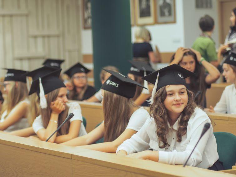 Akademicka klasa językowa - podpisanie umowy
