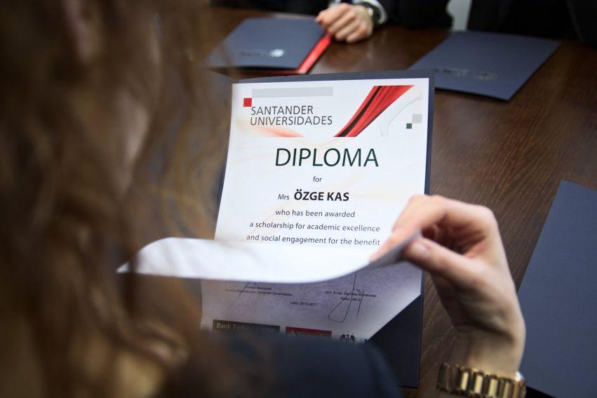 Własny Fundusz Stypendialny - wręczenie dyplomów