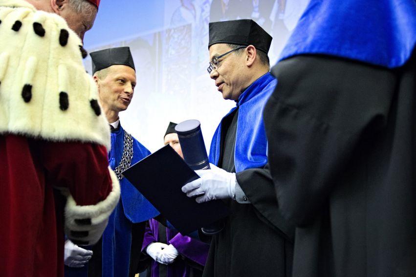 Prof. Kongkiti Phusavat Honorowym Profesorem UMCS