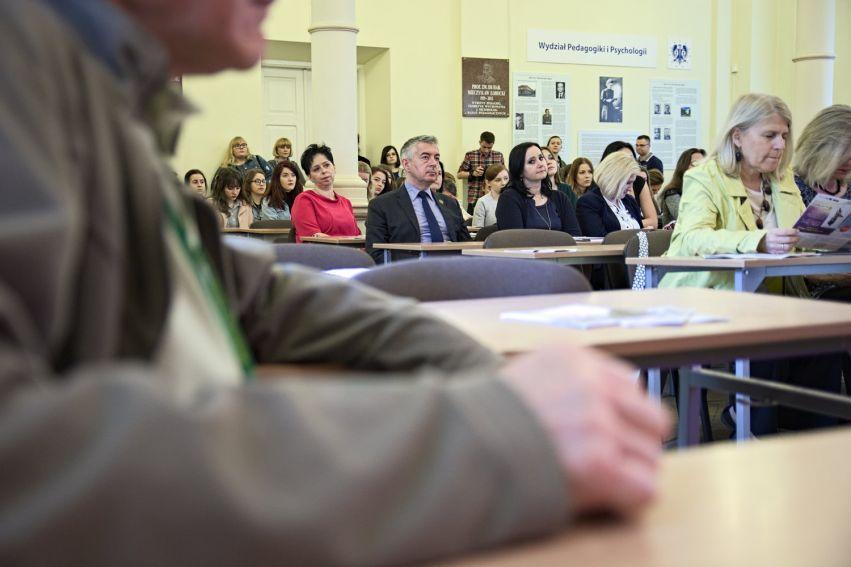 """Konferencja """"Śladami Marii Curie-Skłodowskiej..."""""""