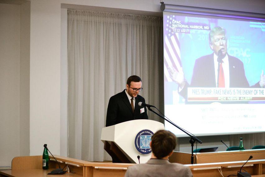 """Konferencja """"Media w Ameryce. Ameryka w mediach""""."""