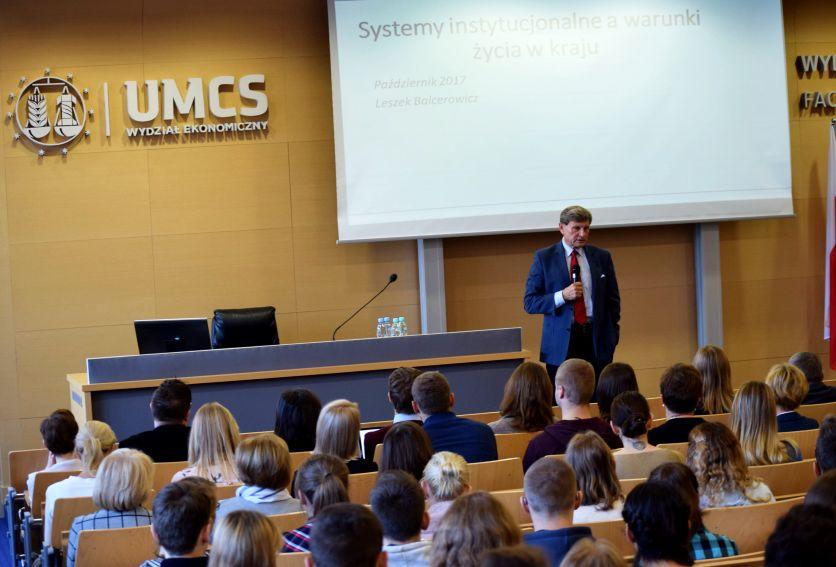 Wykład prof. Leszka Balcerowicza na WE UMCS