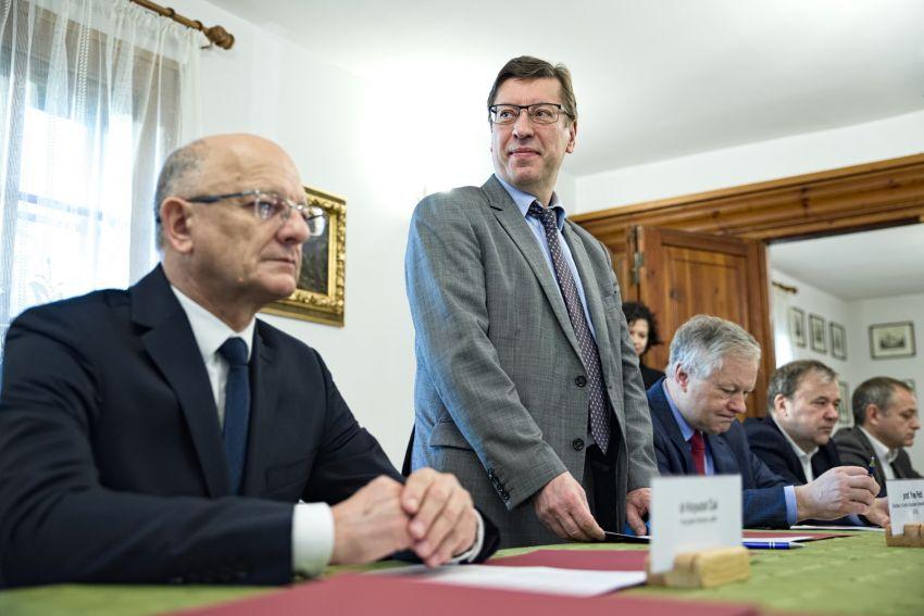 Wstępne porozumienie w sprawie utworzenia Centrum...