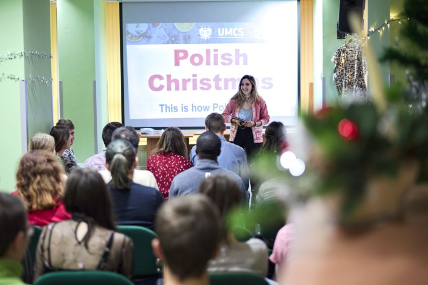 Christmas on campus: International Holidays Gathering 2017