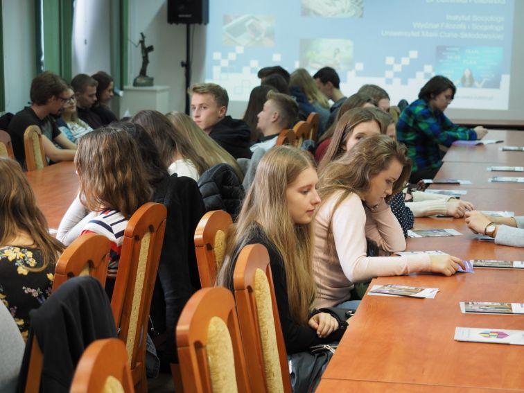 Uczniowie z LO w Kolbuszowej na wykładzie: NOWE ZAWODY –...