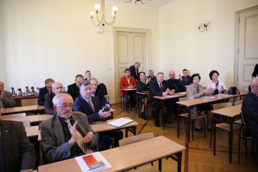"""""""100 lat Niepodległej"""" – fotorelacja z konferencji..."""
