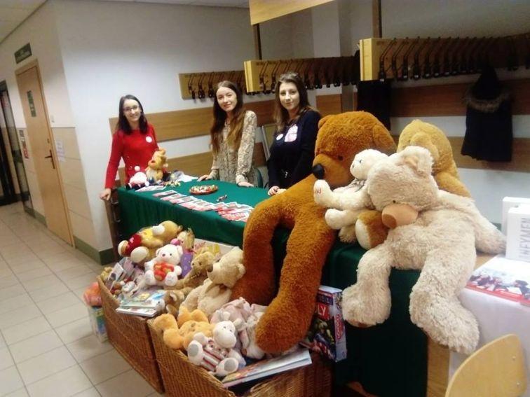 Zbiórka upominków dla pacjentów Szpitala Dziecięcego w...