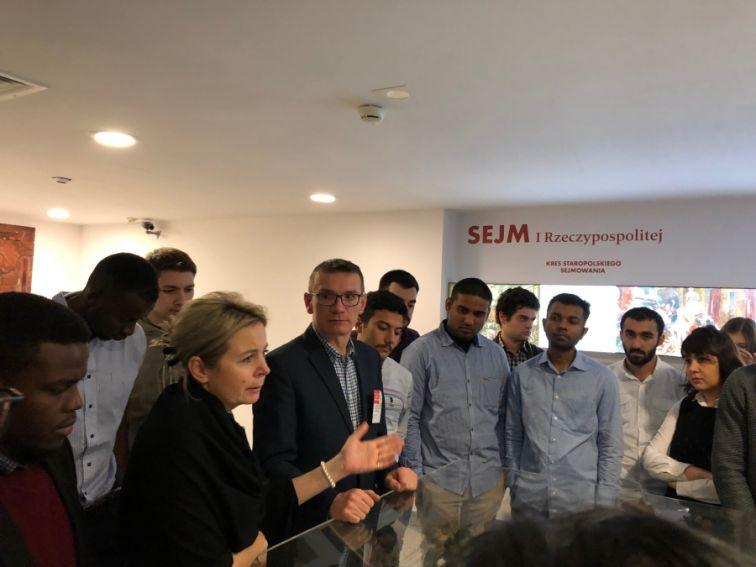 Studenci IR i Erasmus z wizytą w Sejmie RP.