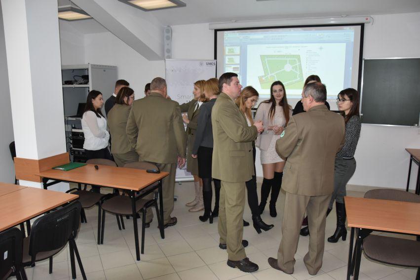 """Prezentacja projektów SKNP """"SmartCity"""" dla Zespołu..."""