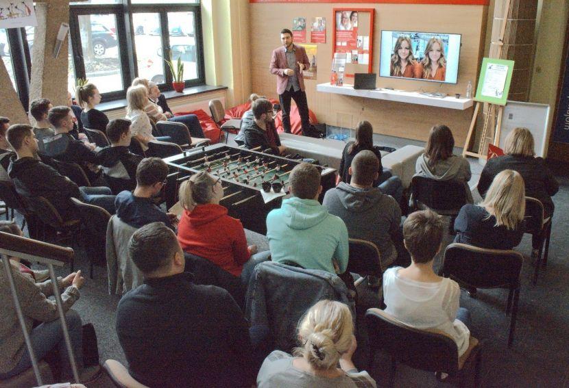 Coffe Lectures - Ekranizacja rzeczywistości