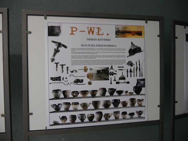 """Wystawa """"Puławy - Włostowice, wielokulturowe..."""
