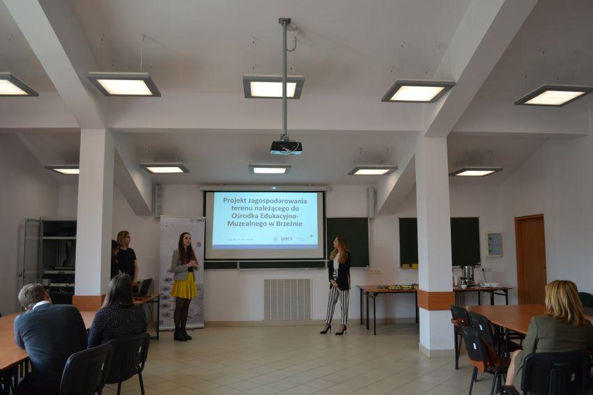 Prezentacja projektów dla Zespołu Lubelskich Parków...