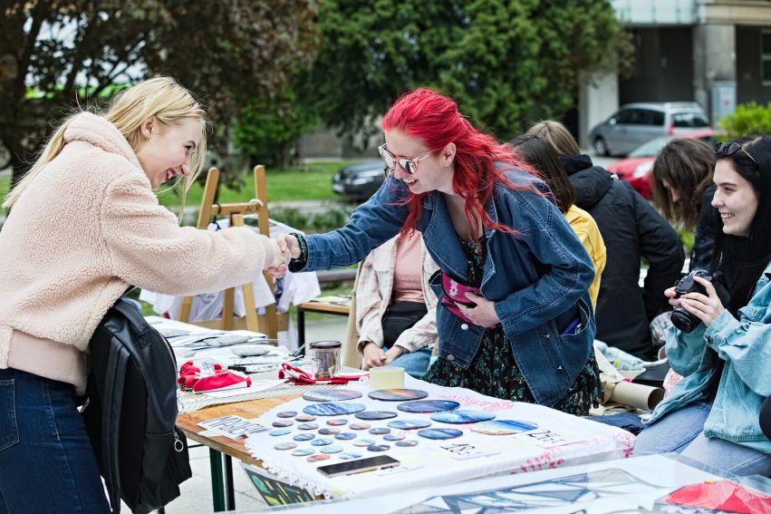 Przystanek sztuka - targi handmade przygotowane przez...