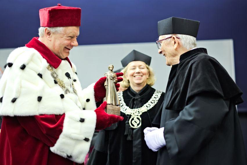 Odnowienie doktoratu prof. Skrzydło