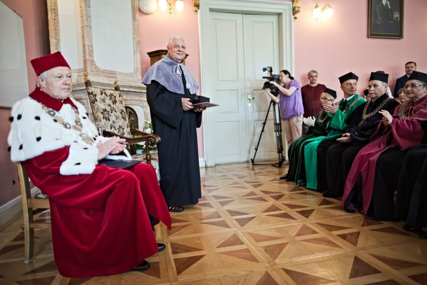 Tytuł doktora honoris causa dla prof. dr. hab. Michała Śliwy