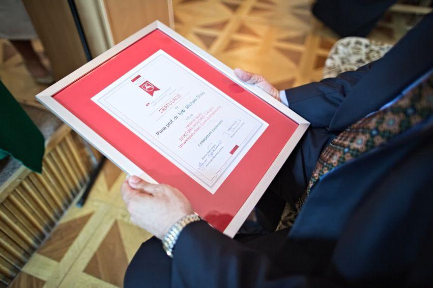 Tytuł DHC dla prof. Michała Śliwy