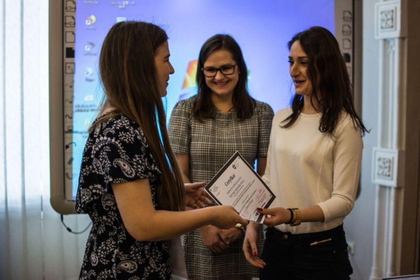 """III Ogólnopolska Konferencja Naukowa """"Kobiety w..."""