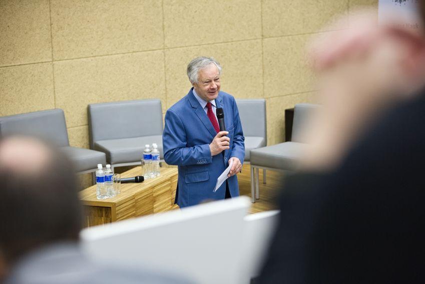 Seminarium pt. Przyszłość pomiaru mediów. Polskie i...