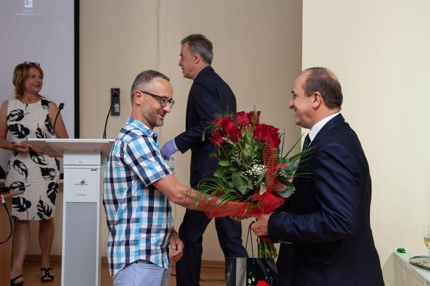 Gratulacje dla pana prof. dr. hab. Radosława Dobrowolskiego